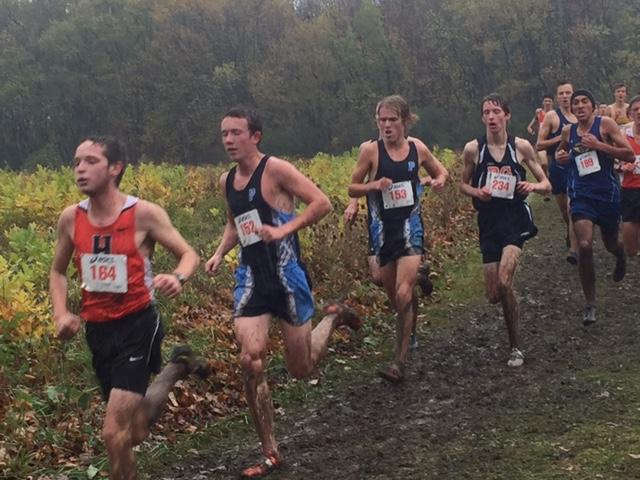 Boys' and girls' cross country find success