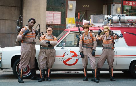 Ghostbusters remake features women, surpasses original