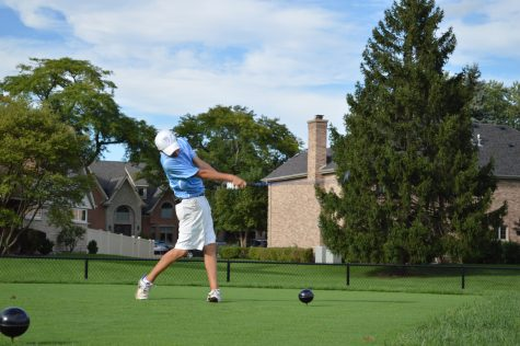 Tenuta battles wind to take third in state