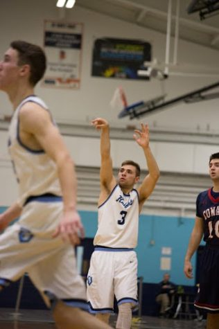 PHOTO ALBUM: In honor of Frankie Mack's 1000th point