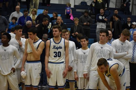 Boys' basketball falls to Fremd in MSL Title Game