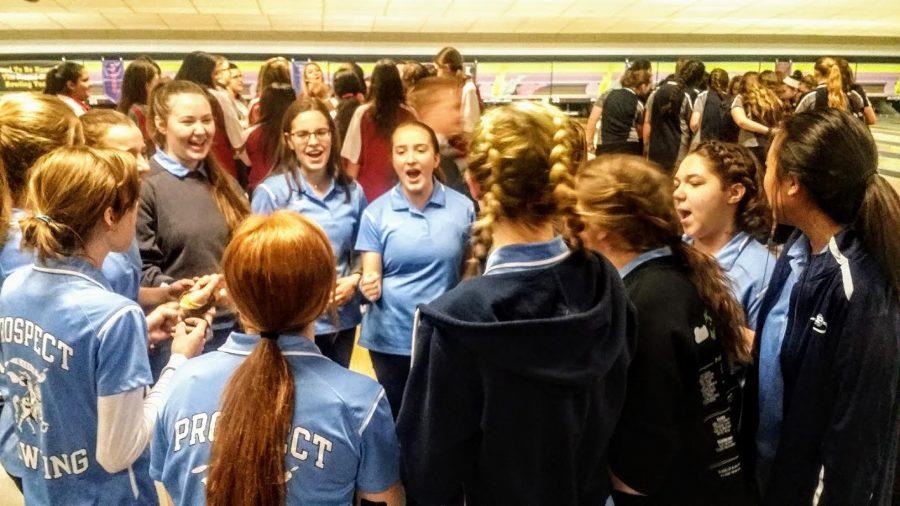 Girls' Bowling prepares for upcoming season