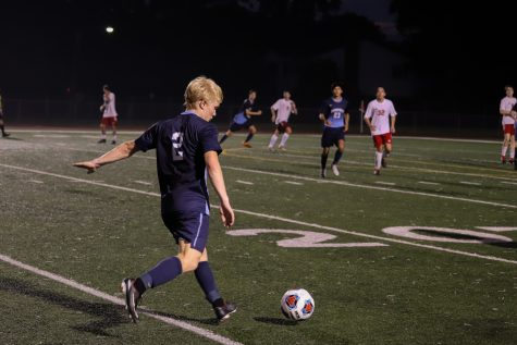 Boys' Soccer ends regular season with win, falls to Loyola in semifinal