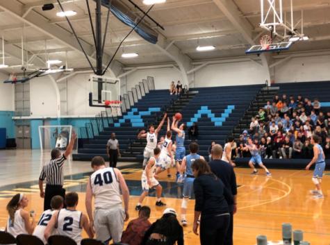 Basketball programs host blue-white scrimmage