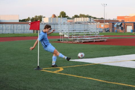 Boys Soccer drops conference opener