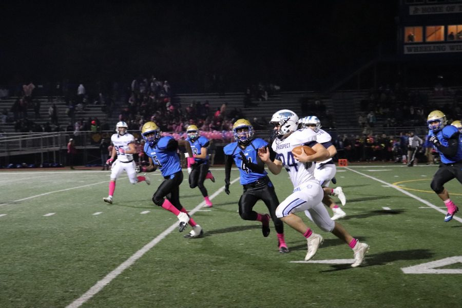 Football finishes regular season 7-2, sets school points per game record