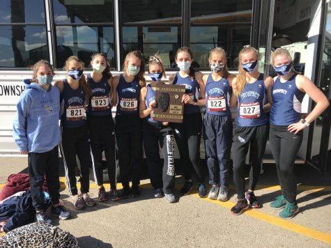 GIRLS CROSS COUNTRY PULLS OFF